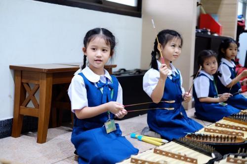 เรียนดนตรี (1) 1600x1067